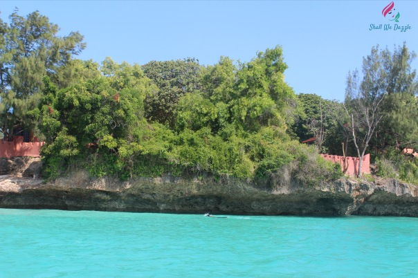 approaching-prison-island